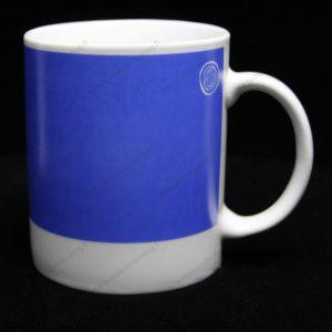 Mug personnalisé pantone bleu
