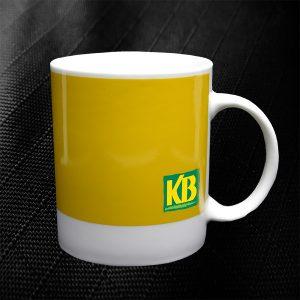mug personnalisé pantone jaune