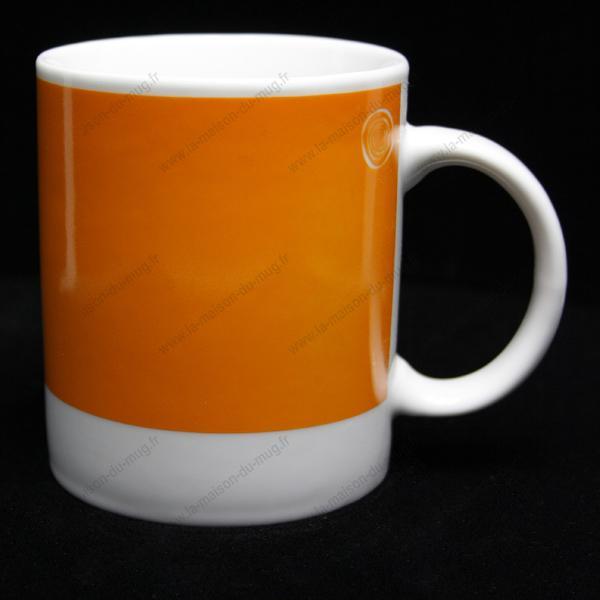 mug personnalisé pantone orange